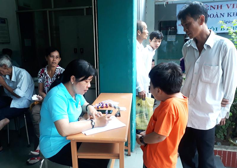 Hội thường xuyên tổ chức khám sàng lọc tim cho trẻ em. Ảnh: K. Minh