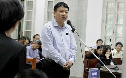 Bị cáo Đinh La Thăng tại phiên tòa. (Ảnh: TTXVN)