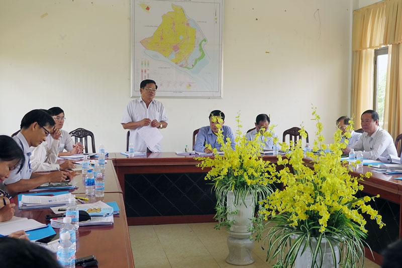 Ông Nguyễn Văn Quới phát biểu tại buổi làm việc.  Ảnh: Thạch Thảo