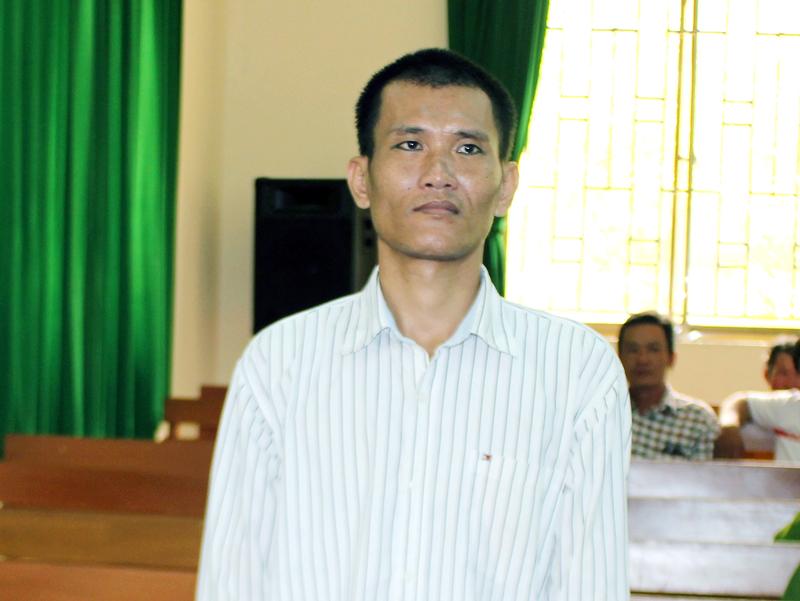 Bị cáo Bùi Văn Lâm tại phiên tòa hình sự sơ thẩm ngày 3-5-2018. Ảnh: H. Đức