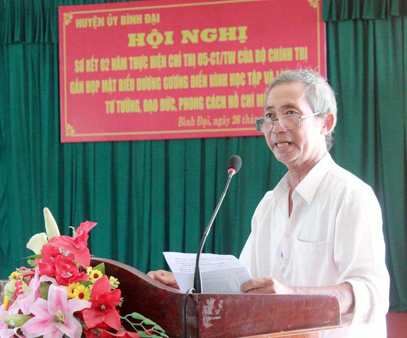 Ông Đoàn Văn Kiệt được chọn phát biểu tại hội nghị tuyên dương điển hình cấp huyện.
