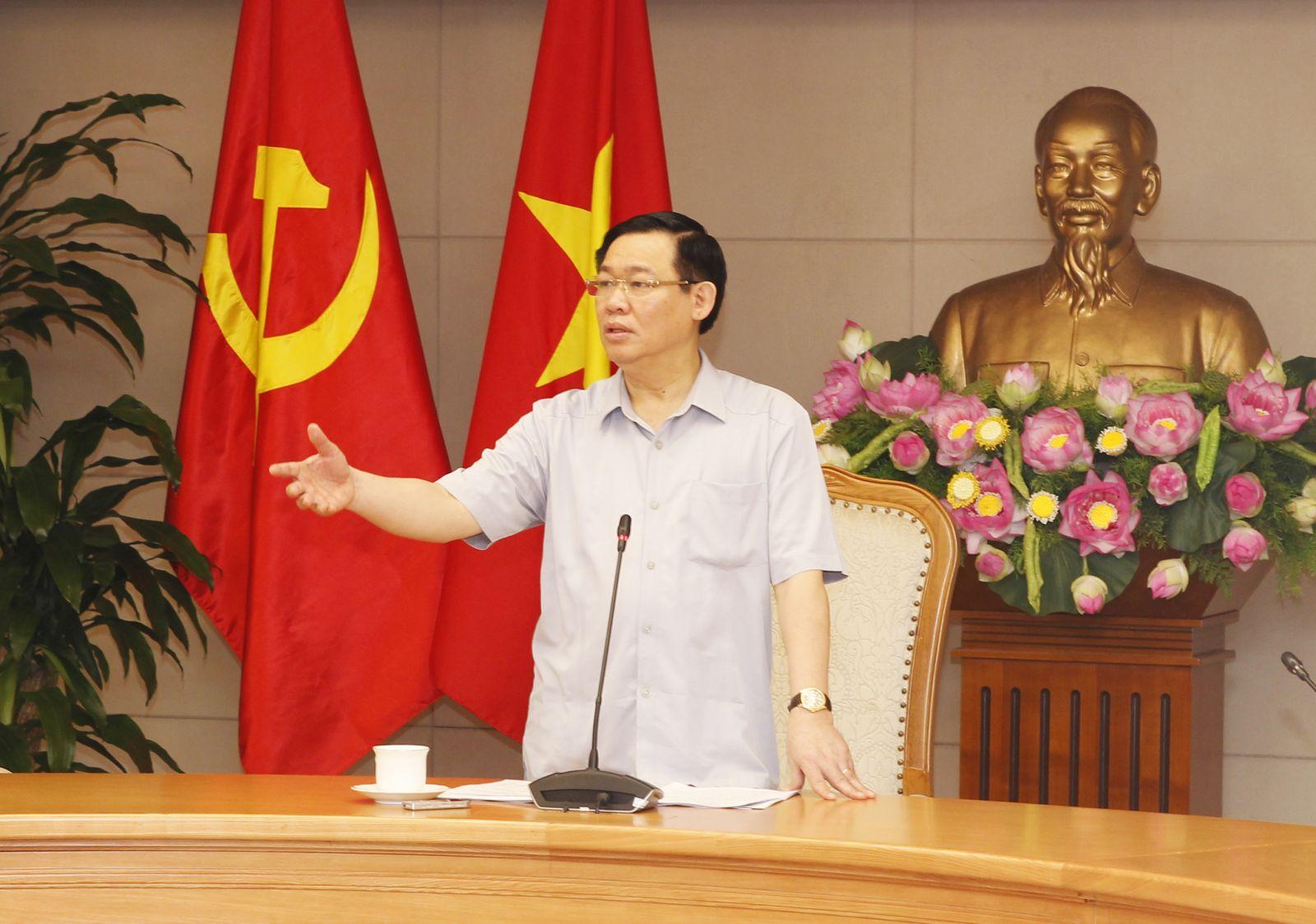 Phó thủ tướng Vương Đình Huệ phát biểu tại buổi làm việc.