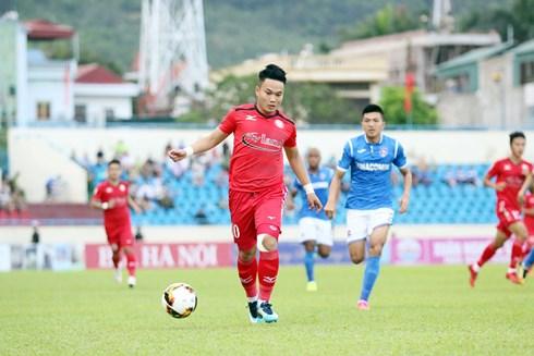Phi Sơn và các đồng đội đã thi đấu tốt trước Than Quảng Ninh (Ảnh: CLB TP. Hồ Chí Minh).
