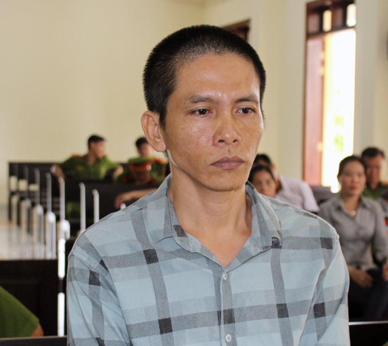 Bị cáo Nguyễn Hữu Tuấn Phong tại phiên tòa hình sự sơ thẩm ngày 6-6-2018. Ảnh: H. Đức