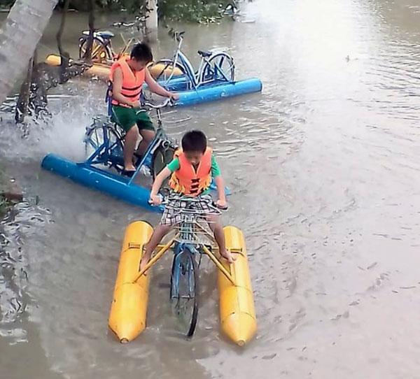 Khu du lịch sinh thái Nguyễn Gia, xã Tân Thiềng với nhiều hoạt động, trò chơi chào đón du khách.