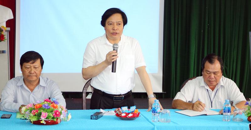 Phó Cục trưởng Cục Y tế Dự phòng Trương Đình Bắc phát biểu tại buổi làm việc. Ảnh: Phan Hân