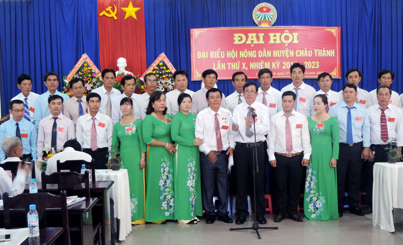 Ban chấp hành Hội Nông dân huyện nhiệm kỳ 2018-2023. Ảnh: Phạm Tuyết