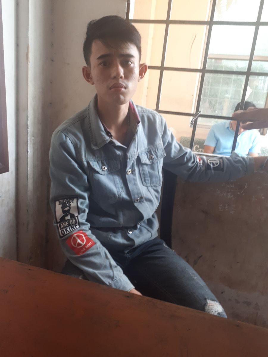 Bị can Huỳnh Trương Hữu Vinh bị truy tố về tội cướp tài sản.