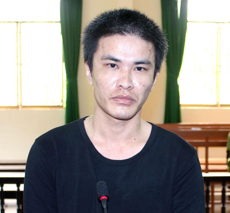 Bị cáo Phan Trung Nguyên tại phiên tòa hình sự sơ thẩm ngày 7-8-2018. Ảnh: H. Đức