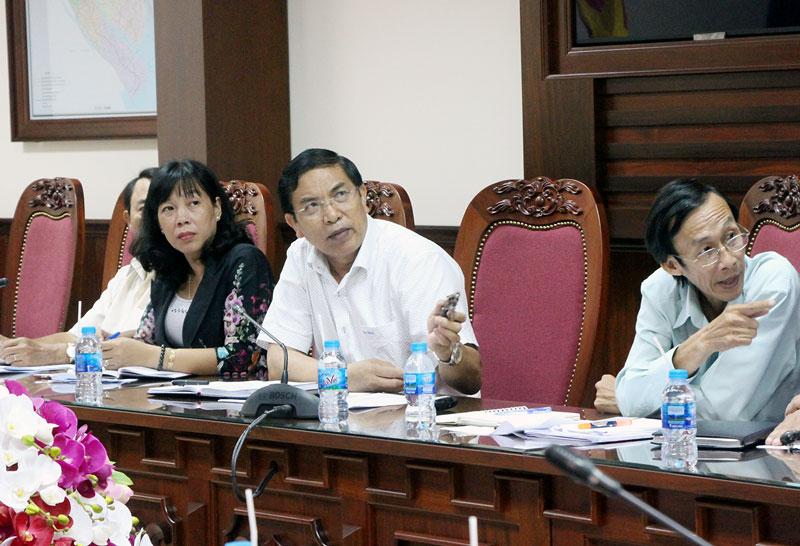 Chủ tịch UBND tỉnh Cao Văn Trọng tại buổi tiếp nhà đầu tư. Ảnh: Hoa Tranh