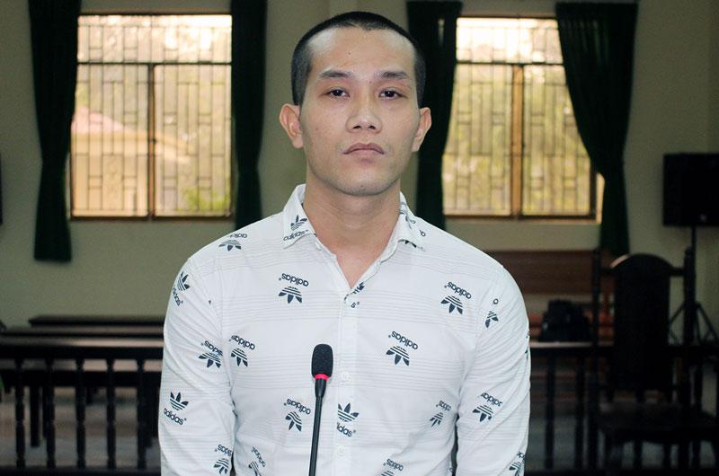 Bị cáo Nguyễn Đức Công Toàn tại phiên tòa hình sự sơ thẩm ngày 23-8-2018.