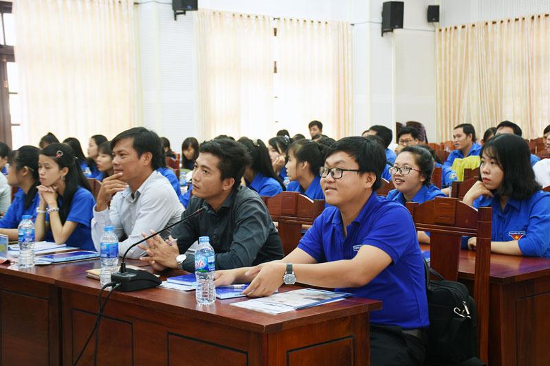 Phần lớn người tham gia cuộc thi khởi nghiệp là thanh niên và sinh viên.