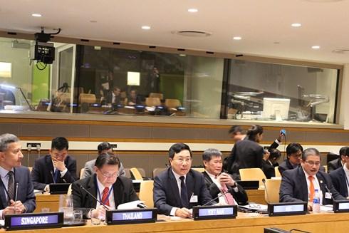 Phó thủ tướng, Bộ trưởng Ngoại giao Phạm Bình Minh tại Hội nghị cấp Bộ trưởng các nước ASEAN và Liên minh Thái Bình Dương lần thứ 5.