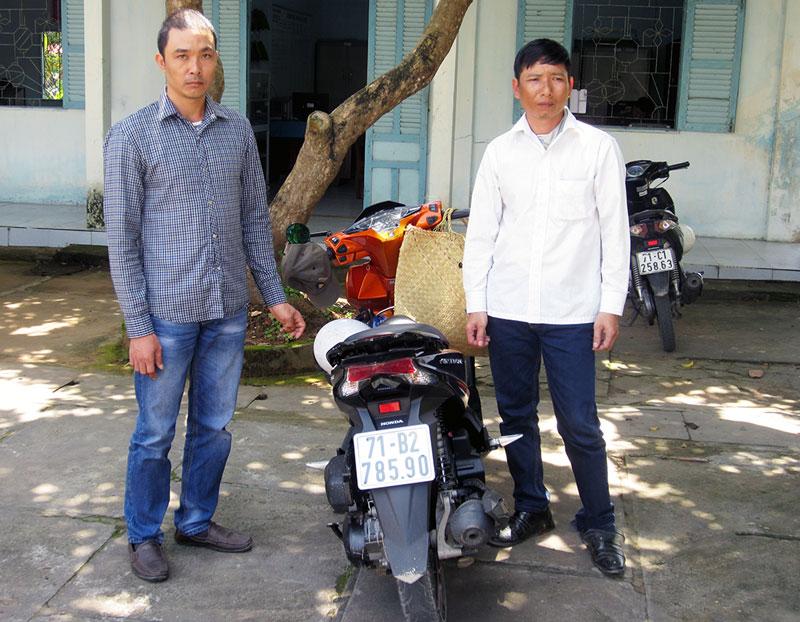 Đối tượng Nguyễn Văn Quân và Phạm Văn Thu. Ảnh: Trần Thắng
