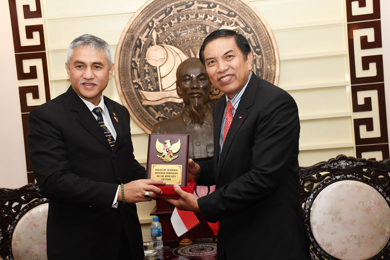 Tổng lãnh sự Indonesia  chào xã giao với lãnh đạo tỉnh.