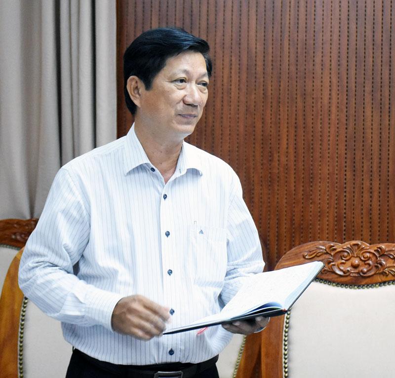 Bí thư Huyện ủy Châu Thành Trương Minh Nhựt phát biểu tại tổ. Ảnh: Cẩm Trúc