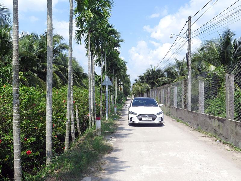 Đường Kênh Nổi, khu phố Bình Khởi được đầu tư xây dựng với kinh phí trên 2 tỷ đồng.