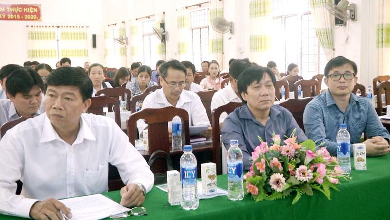 Các đại biểu tham dự buổi tập huấn. Ảnh: Lê Chẳn