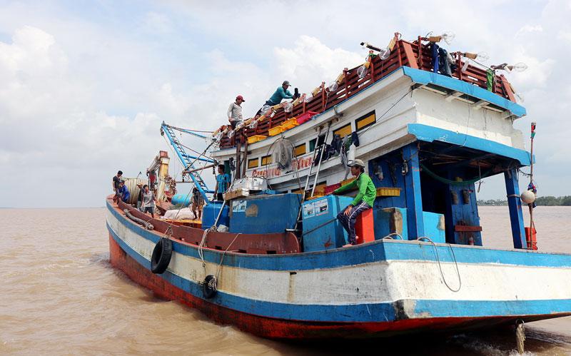 Tàu cá của ngư dân trên địa bàn xã An Thủy, huyện Ba Tri.