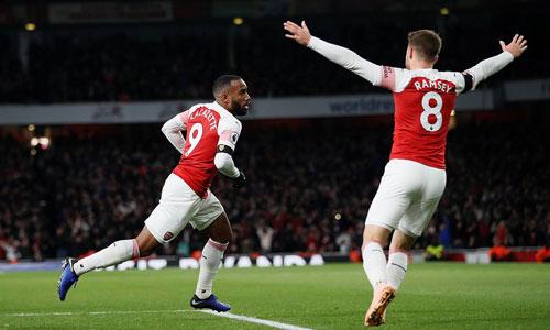 Lacazette giành lại một điểm cho Arsenal. Ảnh: Reuters