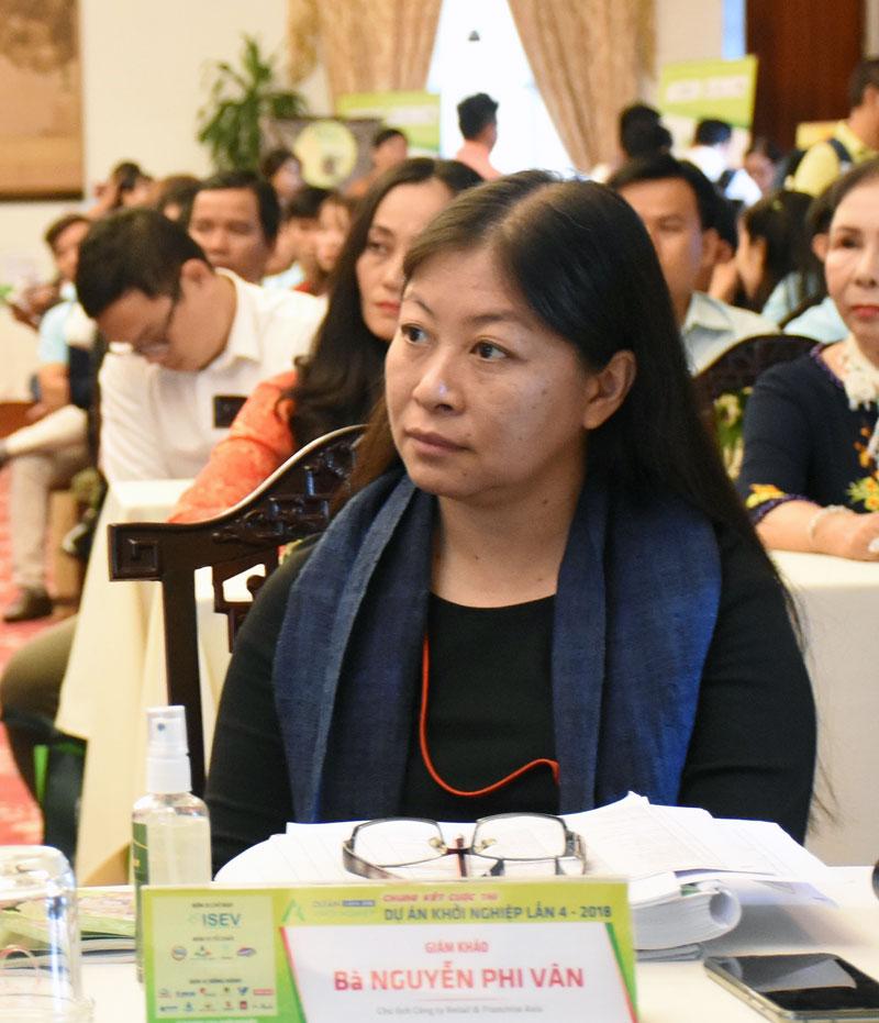 Bà Nguyễn Phi Vân