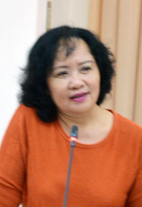 Nhà báo Kim Liên
