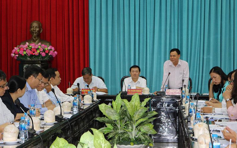 Bí thư Tỉnh ủy Võ Thành Hạo phát biểu kết luận buổi làm việc. Ảnh: Phan Hân