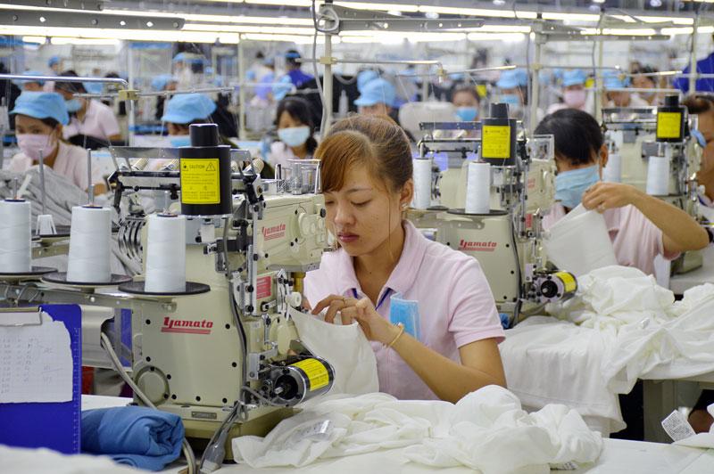 Doanh nghiệp may mặc Mingda Việt Nam xuất khẩu sản phẩm sang thị trường Mỹ và Nhật Bản.