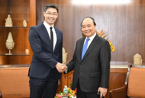 Thủ tướng Nguyễn Xuân Phúc tiếp nguyên Phó thủ tướng CHLB Đức Philipp Rösler. Ảnh: VGP/Quang Hiếu