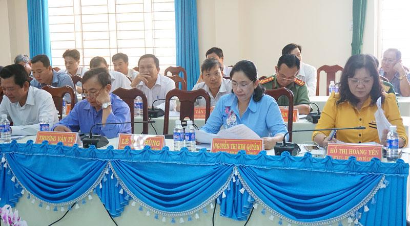 Đại biểu tham dự hội nghị. Ảnh: Nguyễn Sơn