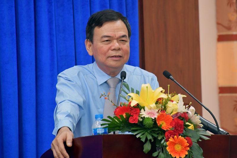 Bí thư Tỉnh ủy, Chủ tịch HĐND tỉnh Võ Thành Hạo phát biểu bế mạc kỳ họp.
