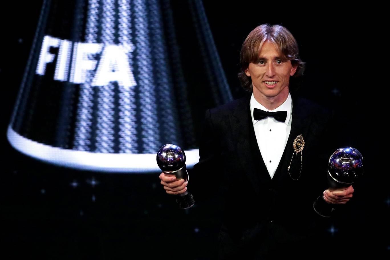 Luka Modric thâu tóm những danh hiệu cá nhân cao quý nhất trong năm 2018. Ảnh: standard.co.uk