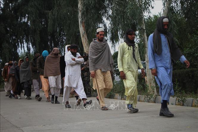 Các tay súng Taliban tại Jalalabad, tỉnh Nangarhar, Afghanistan, ngày 22-11-2018. Ảnh: THX/TTXVN