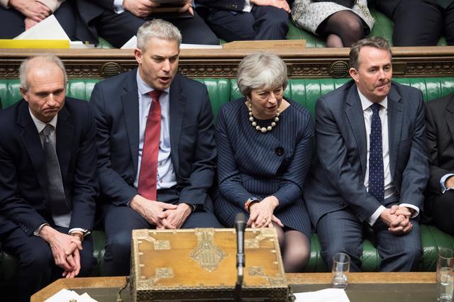 Thủ tướng Anh Theresa May trong cuộc tranh luận về việc kéo dài thời gian đàm phán Brexit tại Quốc hội Anh. Ảnh: Reuters