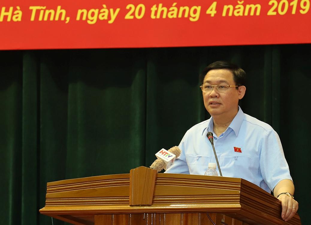 Phó thủ tướng Vương Đình Huệ phát biểu tại buổi tiếp xúc cử tri doanh nghiệp. Ảnh VGP/Thành Chung