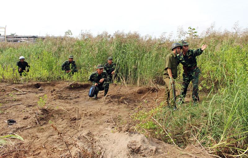 Lực lượng phối hợp tuần tra bảo vệ bình yên khu vực biên giới biển.