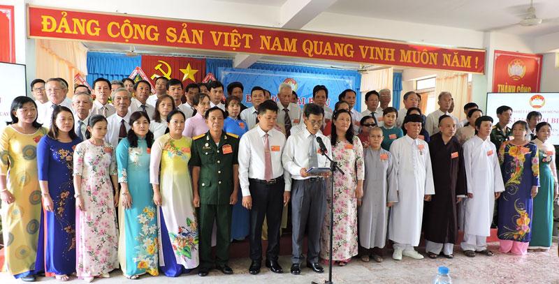 Mỏ Cày Nam là một trong hai đơn vị tổ chức Đại hội sau cùng.