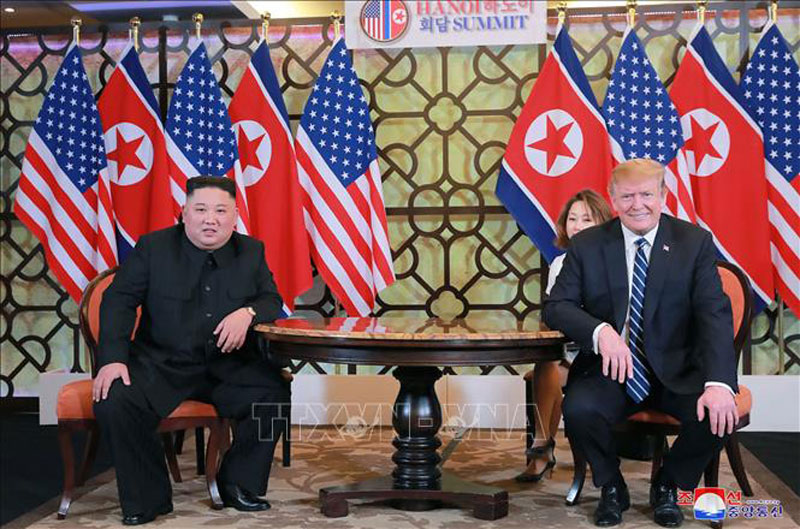 Hai nhà lãnh đạo Mỹ-Triều tại cuộc gặp ở Hà Nội ngày 28-2-2019. Ảnh: AFP/TTXVN