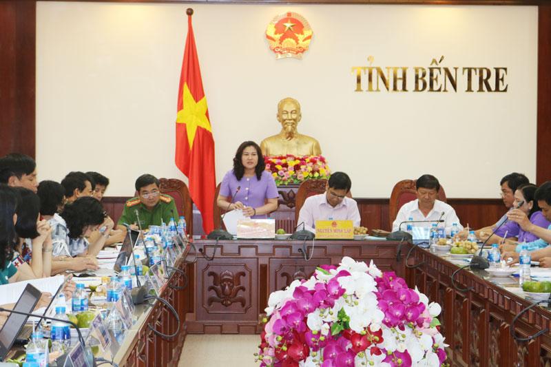 Thứ trưởng Bộ Lao động, Thương binh và Xã hội Nguyễn Thị Hà phát biểu tại buổi làm việc