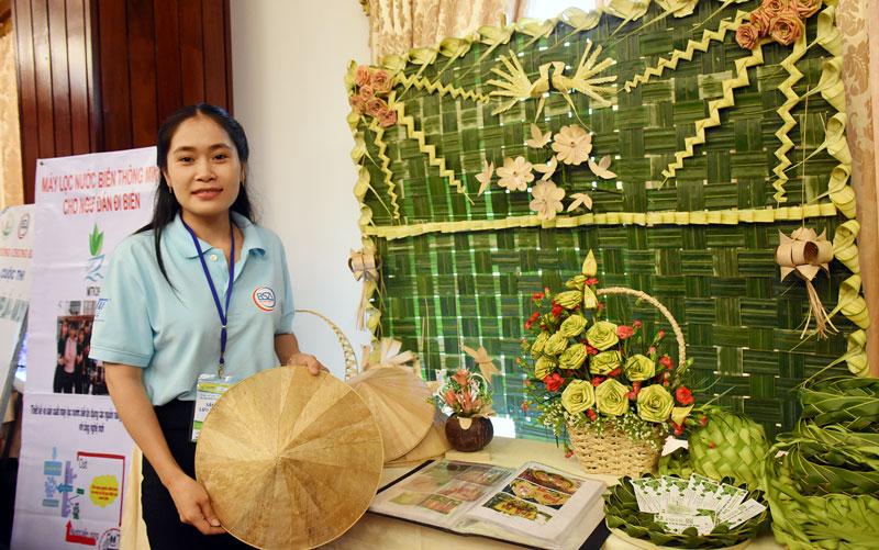 Đinh Kim Ngân tại Cuộc thi Dự án khởi nghiệp do BSA tổ chức năm 2018.
