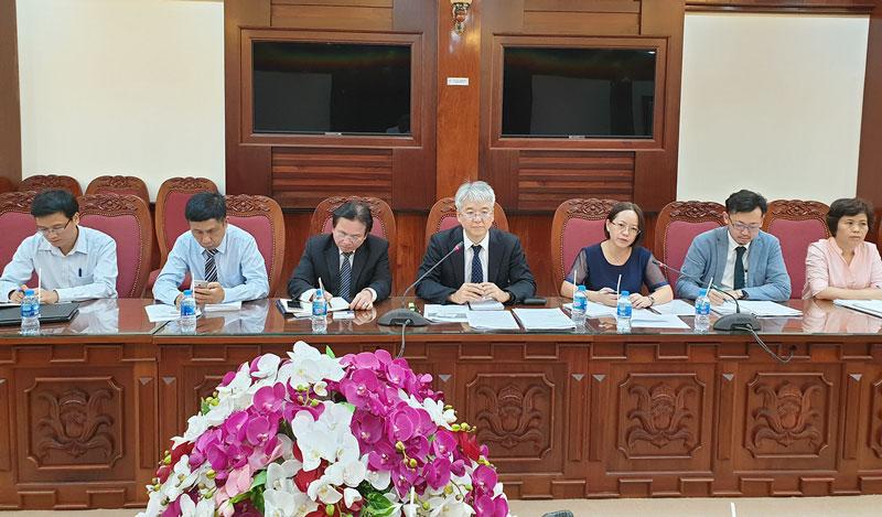 Đoàn khảo sát JICA làm việc với lãnh đạo UBND tỉnh và các sở, ngành.