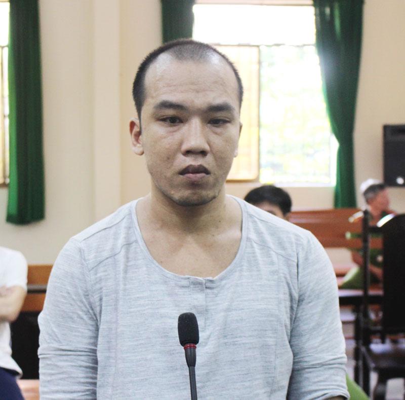 Bị cáo Nguyễn Lâm Tiến tại phiên tòa hình sự sơ thẩm ngày 10-7-2019