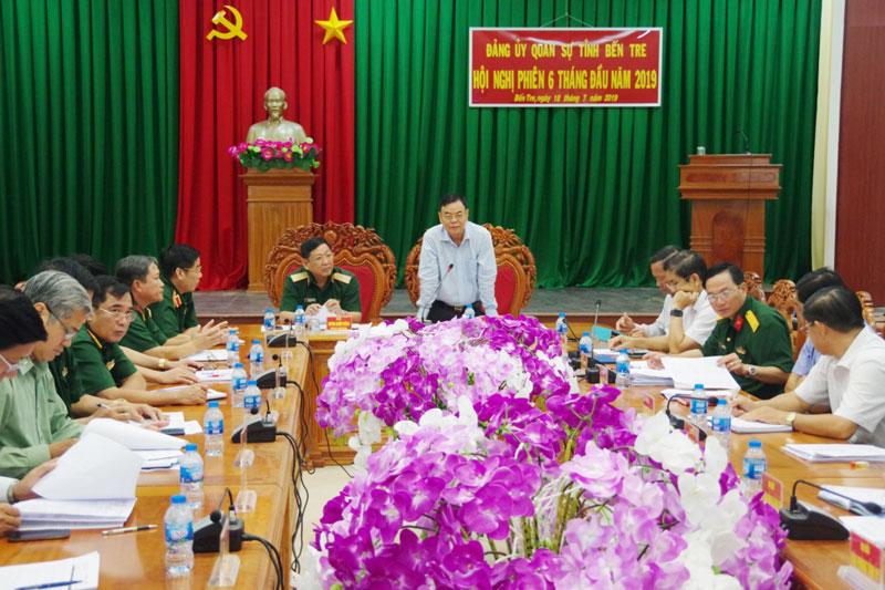 Bí thư Tỉnh uỷ, Bí thư Đảng uỷ Quân sự tỉnh Võ Thành Hạo kết luận hội nghị.