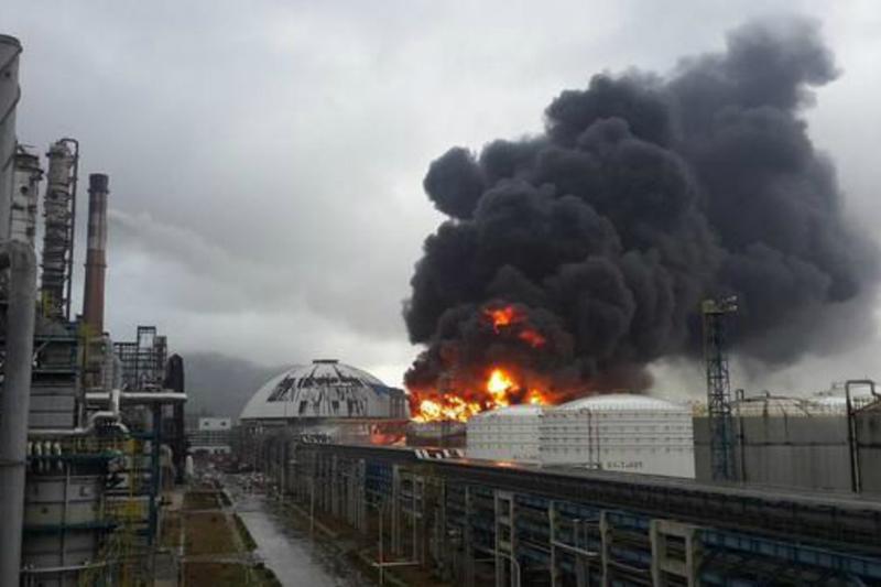 Đã có ít nhất 10 người thiệt mạng, 19 người bị thương nghiêm trọng trong vụ nổ lớn tại nhà máy sản xuất khí đốt ở tỉnh Hà Nam, Trung Quốc. Ảnh: News18