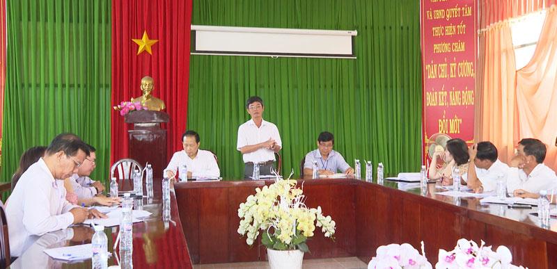 Chủ tịch UBND huyện Đào Công Thương yêu cầu các ngành, địa phương khẩn trương phòng chống dịch tả heo Châu Phi