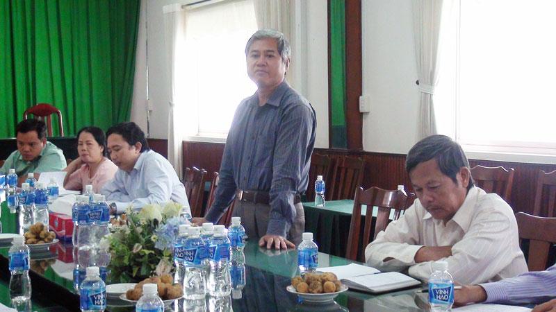 Bí thư Thành ủy Nguyễn Văn Đức phát biểu tại buổi họp mặt