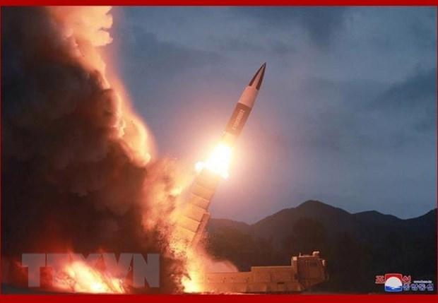 Một loại tên lửa được Triều Tiên phóng thử nghiệm tại địa điểm bí mật ở nước này. (Ảnh: Yonhap/TTXVN)