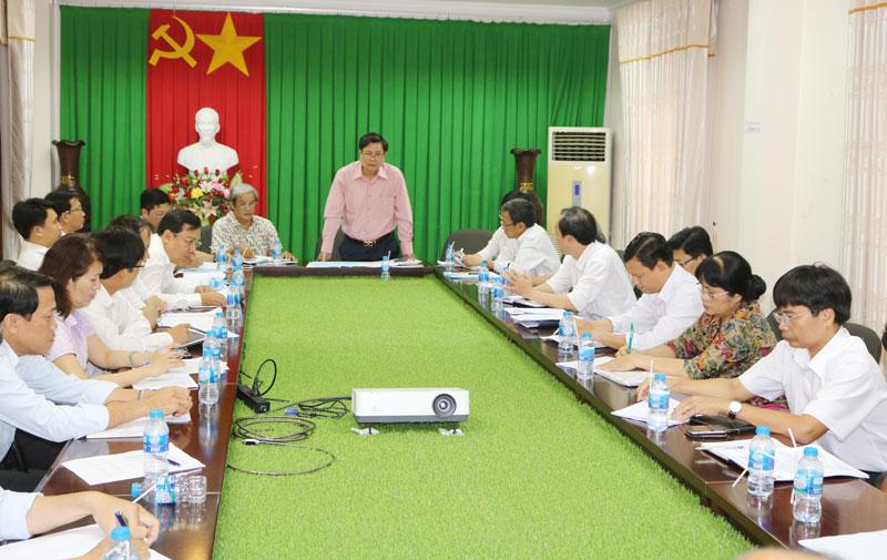 Phó chủ tịch UBND tỉnh Nguyễn Hữu Lập chủ trì hội nghị