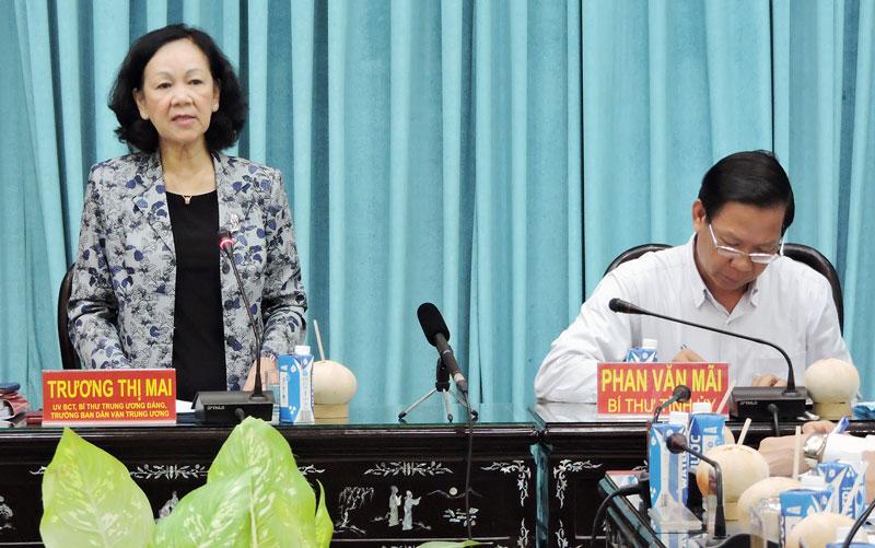 Trưởng ban Dân vận Trung ương Trương Thị Mai phát biểu tại buổi kiểm tra.