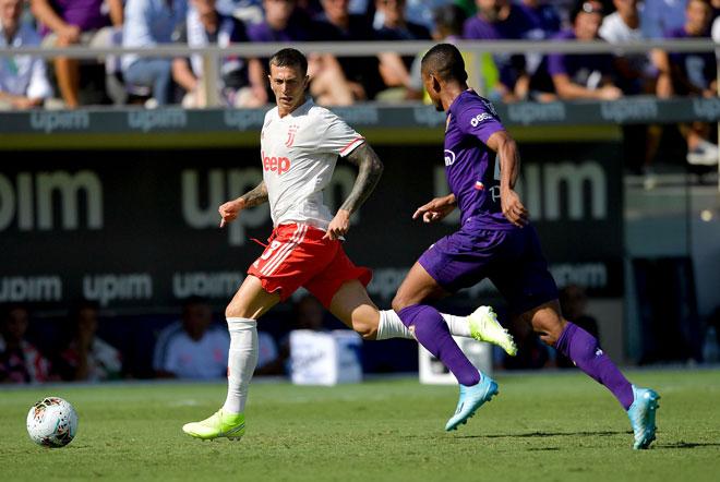 Juventus gặp khó trước Fiorentina. Ả: Reuters